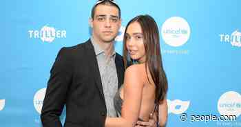 Noah Centineo Says Girlfriend Alexis Ren 'Is Very Good at Monogamy': 'I Love' It Too - PEOPLE.com