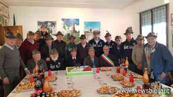 Mottalciata in festa per i 99 anni dell'alpino Renato Colombo - newsbiella.it
