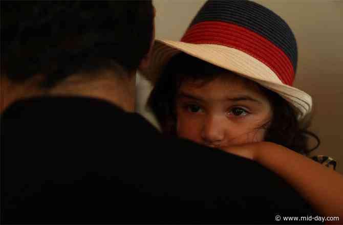 What made Adnan Sami's daughter Medina cry on the sets of Tu Yaad Aya