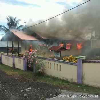 Diduga Korsleting Listrik Jadi Faktor Penyebab Gedung Gereja Pune Terbakar - Simpul Rakyat