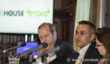 Retail Investors Aren't Interested in Crypto Derivatives, Says eToro Executive