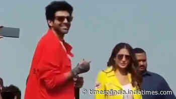 Watch: 'Bhabhi-Bhabhi' chant leaves Sara Ali Khan embarrassed in presence of Kartik Aaryan at 'Love Aaj Kal' promotional event