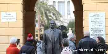 Mais qui a donc vandalisé la statue de Jacques Chirac cinq jours après son inauguration à Nice?
