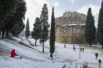 Oggi a Roma fanno venti gradi, otto anni fa la città si svegliava sotto la neve - Roma Fanpage.it