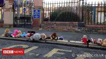 Newcastle school uses teddies to highlight parking dangers