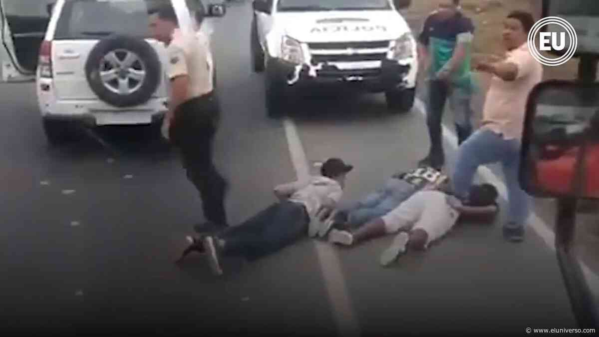 Dos policías detenidos tras asalto en piladora en Lomas de sargentillo | Videos - El Universo