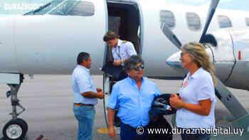 Los Palmeras arribaron al aeropuerto de Santa Bernardina Durazno - duraznodigital.uy
