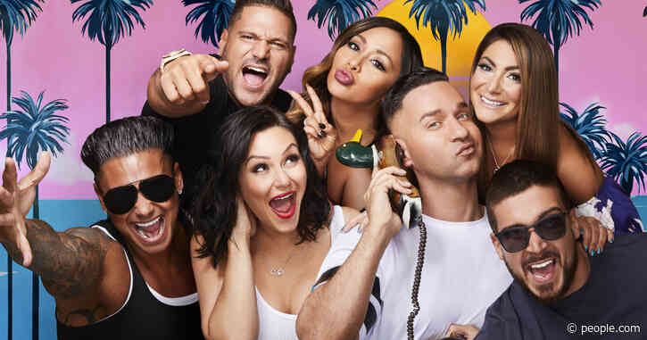You Can Now Have Jersey Shore Stars Wish Your Crush (or Stage 5 Clinger!) Happy Valentine's Day