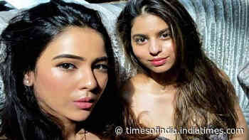 Suhana Khan's new viral picture with bestie proves that she's growing up into a diva!