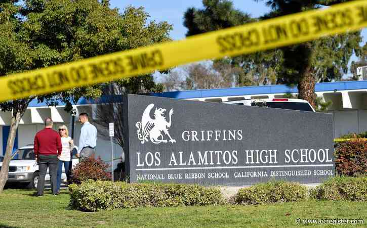 Los Alamitos High evacuated while bomb squad investigates backpack
