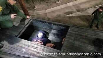 Hallan a 17 migrantes hacinados en compartimiento secreto - Telemundo San Antonio