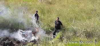 Se reaviva el incendio de pastizal en Arroyos y Esteros - Nacionales - ABC Color
