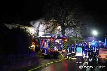 Tiere sterben bei Großbrand in Mettlach - Rund 120 Einsatzkräfte vor Ort - sol.de