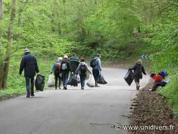 Opération forêts propres Maison des forêts de Saint-Etienne-du-Rouvray 22 mars 2020 - Unidivers