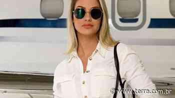 Andressa Suita aposta em aerolook frutal da Gucci: 'Chegando em SP com o boy' - Terra