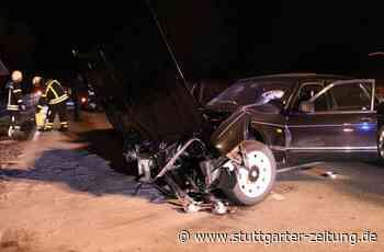 Unfall bei Schwaikheim - Jaguar-Fahrer zu schnell unterwegs – Verletzte bei Frontalcrash - Stuttgarter Zeitung