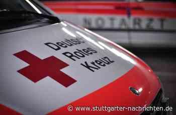 54-Jähriger in Oppenweiler schwer verletzt - Vom eigenen Auto an die Wand gedrückt - Stuttgarter Nachrichten