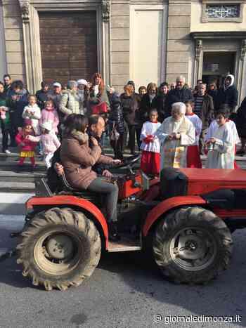 Sfilata di trattori a Biassono - Giornale di Monza - Giornale di Monza
