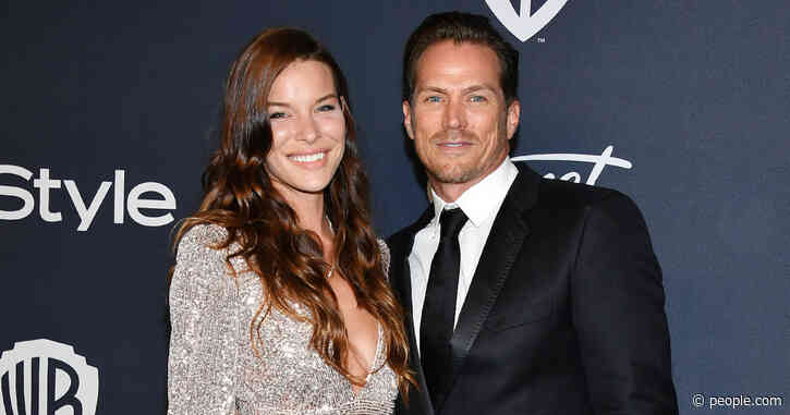 Sex and the City StarJason Lewis Is Engaged to Liz Godwin! 'I Am a Better Man for Knowing Her'