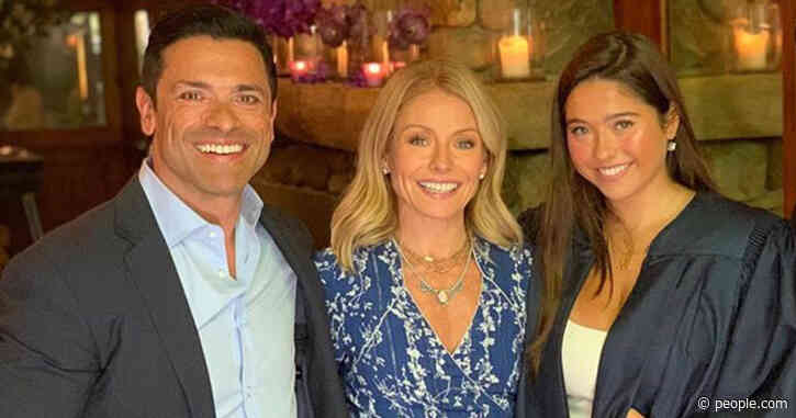 Mark Consuelos Sends Wife Kelly Ripa and Daughter Lola Beautiful Bouquets for Valentine's Day