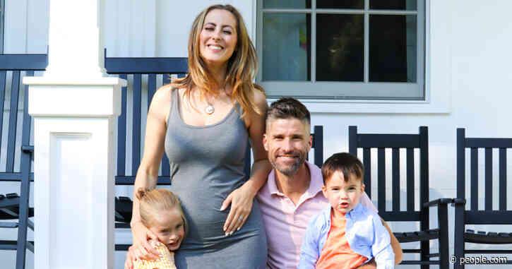Kyle Martino Posts Touching Valentine's Day Tribute to Pregnant Ex Eva Amurri: 'Love You Mama'