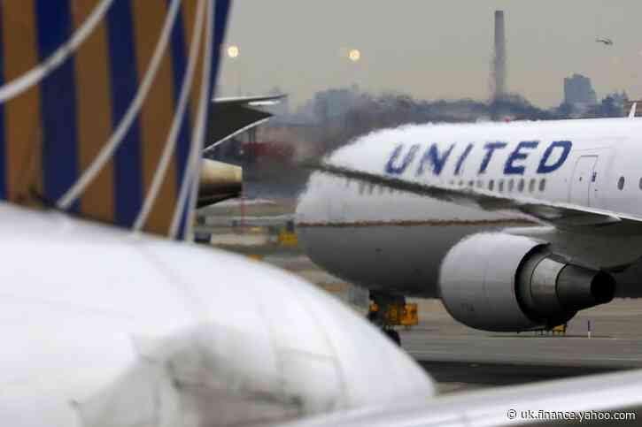 United won't fly 737 MAX until after summer amid new approval delays