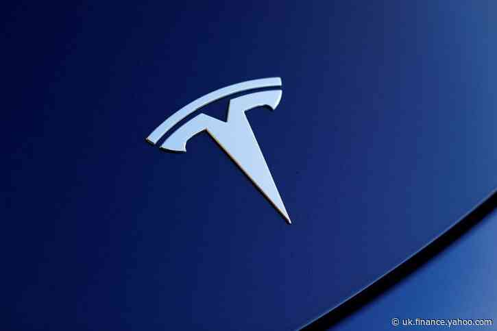 Bridgewater, Viking among big hedge funds that added Tesla in fourth quarter before rally