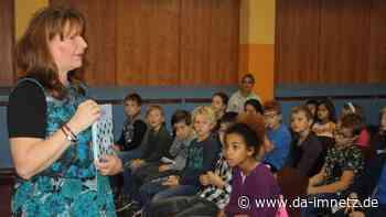 Kinderbuchautorin Gabi Deeg zu Gast in der Schule im Kirchgarten - da-imnetz.de