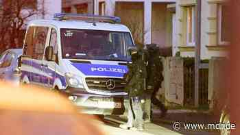 Drogen-Razzia in Waltershausen: Mann festgenommen, Hund erschossen - MDR