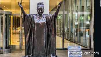 Life size bronze statues of Oprah, Gabby Douglas, others unveiled in New York - CNN