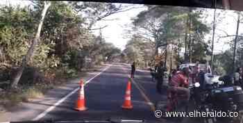 Ejército desactiva carga explosiva en la vía San Roque-Curumaní - El Heraldo (Colombia)