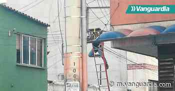 Video: Hombre recibió una descarga eléctrica en el centro de Bucaramanga - Vanguardia
