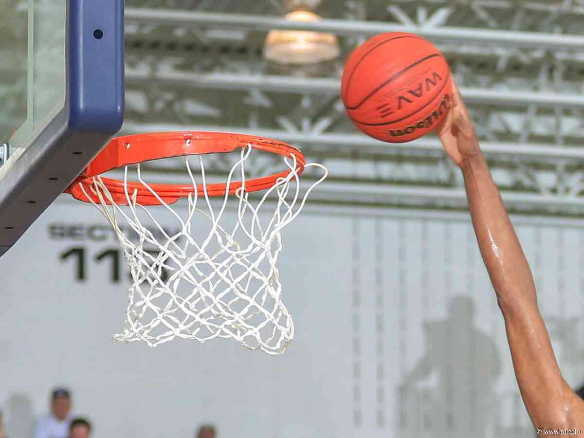 Bayonne over Glen Ridge - Boys basketball - Bloomfield Holiday Tournament - nj.com
