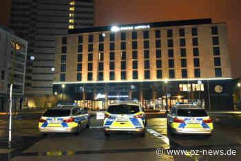 Nachrichten-Liveblog am Morgen: Hotel nach Bombendrohung evakuiert, Messerattacke in Plochingen, Coronavirus-Irrfahrt hat ein Ende - Baden-Württemberg - Pforzheimer Zeitung