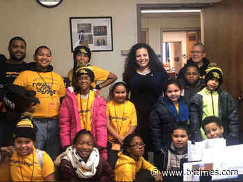 Assemblywoman Fernandez meets with NY Edge students, discusses PO2 After School Program