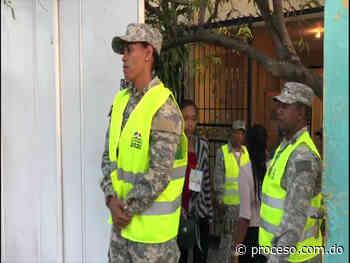Hay retrasos en proceso de votación en Piedra Blanca, Boca Chica y Mao - Proceso.com.do