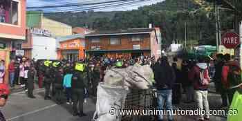 Protestas por irregularidades en el transporte municipal en Tenjo, Cundinamarca - UNIMINUTO Radio