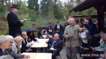 Ederheim/Bayern: Mann feiert Leichenschmaus - während er noch lebt | Welt - HNA.de