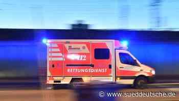 Unfall auf Festwagen: Mann beim Karneval schwer verletzt - Süddeutsche Zeitung