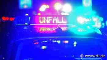 Zwei Verletzte bei Autounfall bei Schwaikheim - RTL Online