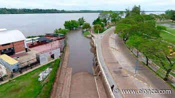 El río Uruguay creció frente al puerto de Concordia - Elonce.com