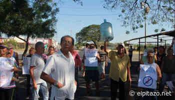 Vecinos trancan avenida Circunvalación de Acarigua por falta de agua - El Pitazo