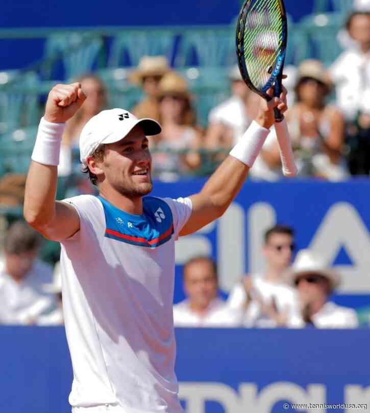 Casper Ruud reacts to winning his maiden ATP title in Buenos Aires