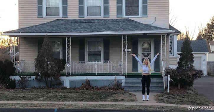 Kim Zolciak-Biermann Revisits Childhood Home, Recalls Trauma of Being Bullied in School