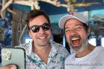 Bruno Mazzeo tem momento de tiete com Jimmy Fallon durante viagem à Jamaica - O Tempo