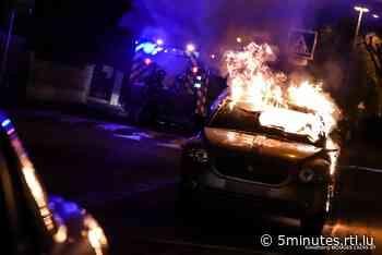 Hagondange: Une voiture prend feu sur la voie publique - RTL 5 Minutes