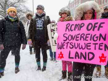 'No-win situation' in Wet'suwet'en protests, where police criticized for being too aggressive or too lax
