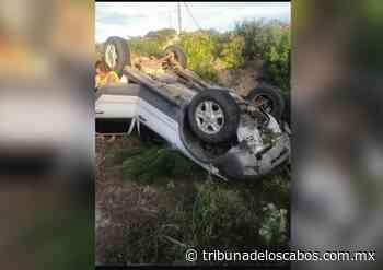 Persona lesionada al volcar un automóvil en Buenavista - Tribuna de los Cabos