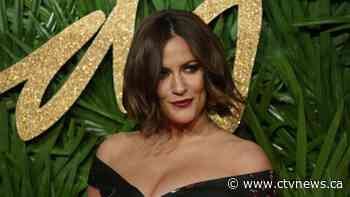 'Love Island' pays tribute to former host Caroline Flack