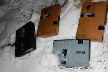 Muscovites stole 94 of the laptop off the train in Smolensk - International Law Lawyer News